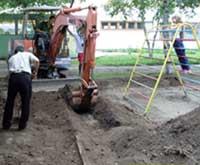 Очистка почвы в детском саду г.Дальнегорска
